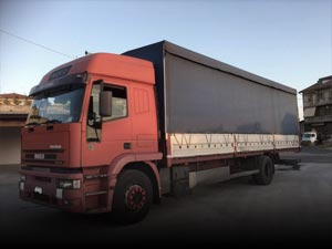 Curtainsider / tarpaulin trucks