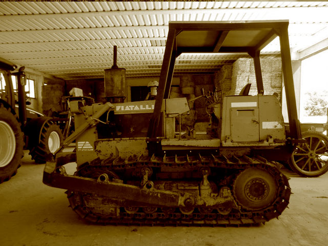 Used Dozers weighing up to 12T