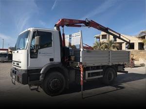 Dropside trucks with crane