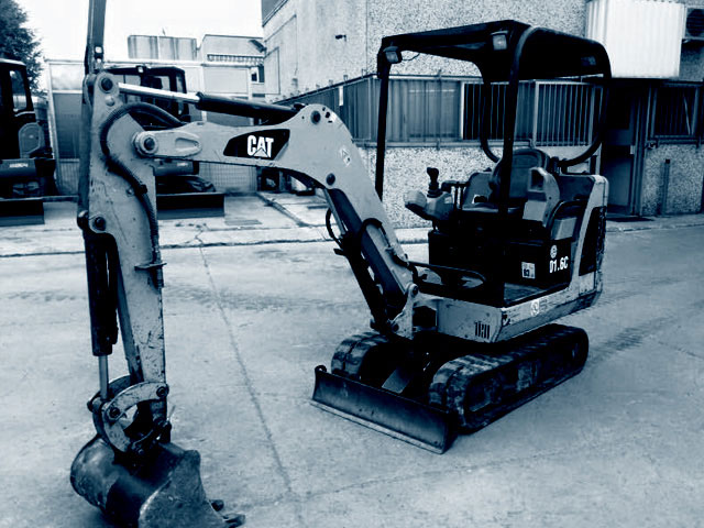 Used 1.6T mini excavators