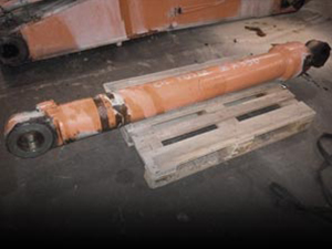 Used Plungers and Cylinders