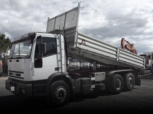 Used tipper trucks
