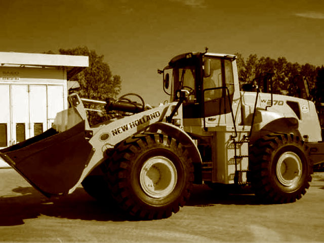 Used Wheel loaders weighing over 21T