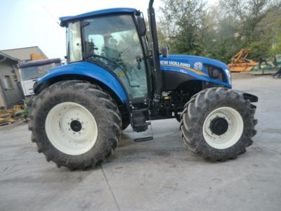 New Holland T5 95 sold by Comm. Adriatica