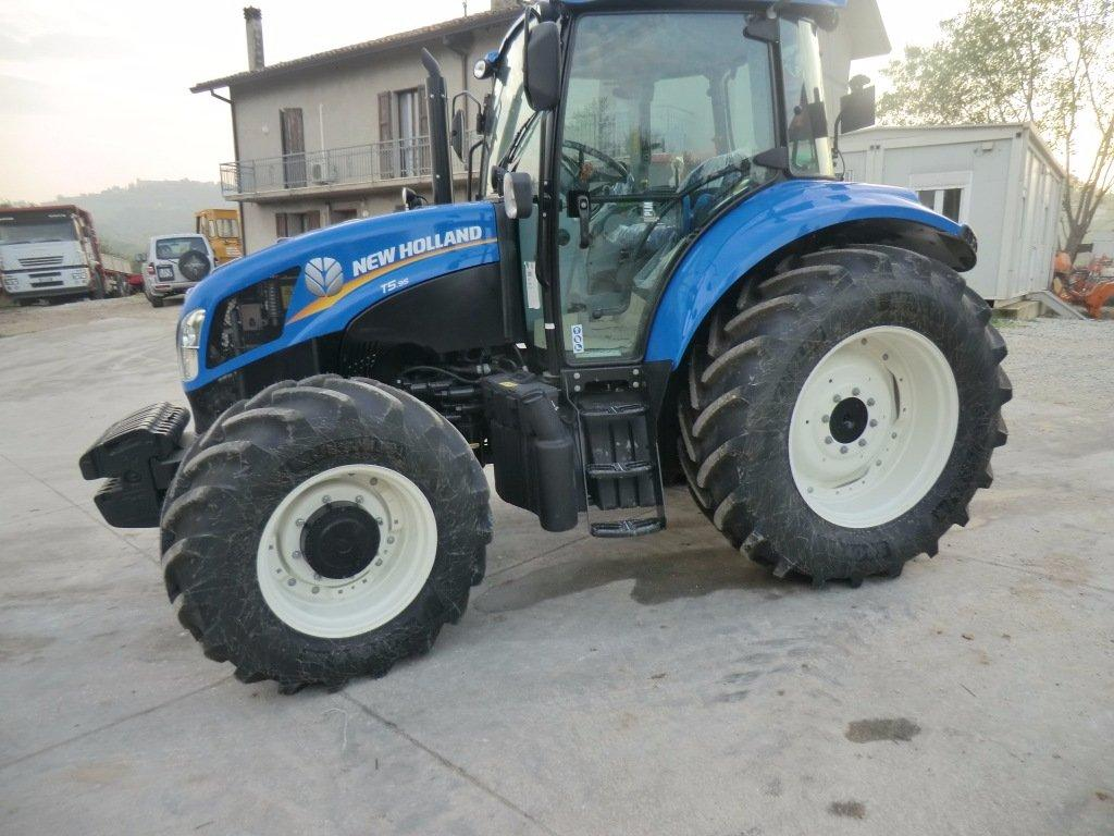 Used Tractors For Sale >> New Holland T5 95 - Used Vineyard tractor. For sale by ...