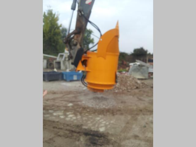 Ambrosi Benne Bucket crusher Photo 1