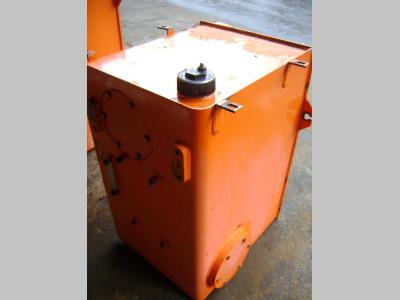 Tank for Fiat Hitachi W 270 sold by PRV Ricambi Srl