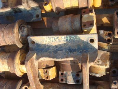 Track roller guard for Hitachi Zaxis 240.3 e 210 sold by OLM 90 Srl