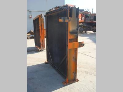 Water radiator for Fiat Hitachi 450.3 sold by OLM 90 Srl