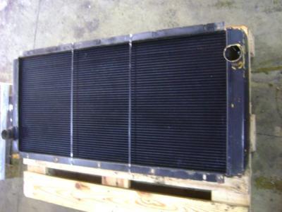 Liebherr 942 sold by PRV Ricambi Srl