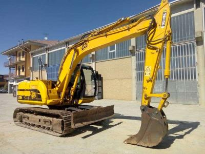 JCB JS130 sold by Arnus Srl