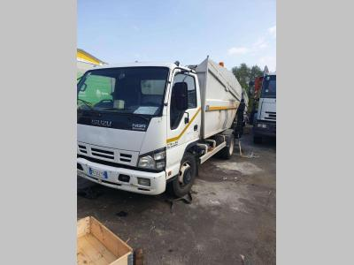 Isuzu NQR 15075 sold by C.A.E.R. Srl