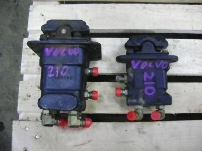 Control Pedals for Volvo EC 210 B sold by PRV Ricambi