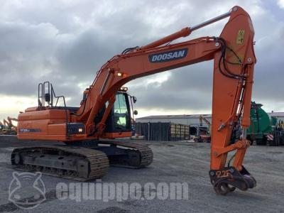 Doosan DX225LC-3 sold by Equippo AG