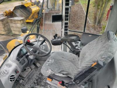 Volvo L150G sold by CERVETTI TRACTOR Srl