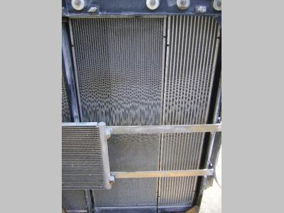 Water radiator for New Holland E 385 B sold by PRV Ricambi Srl