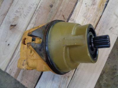 Track motor for Liebherr 954 B sold by PRV Ricambi Srl