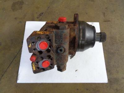 Track motor for Liebherr 912 sold by PRV Ricambi Srl