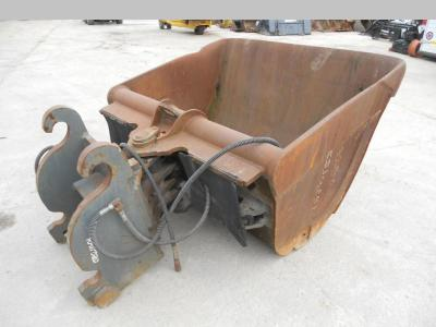 Ditch cleaning bucket sold by Emme Service Srl