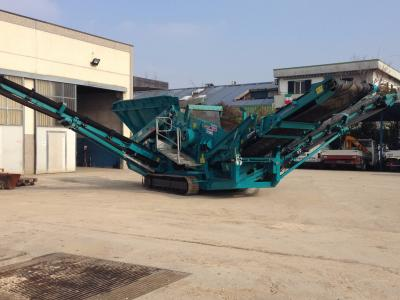 Powerscreen Warrior 800 sold by Carmi Spa Oleomeccanica