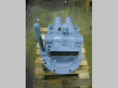 Swing motor for Hitachi ZX 240-3 sold by PRV Ricambi Srl
