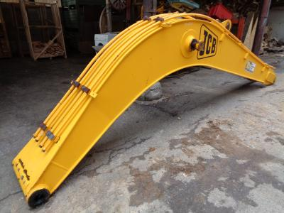 Boom for JCB JS 130 sold by PRV Ricambi Srl