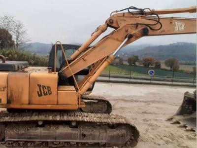 JCB JS 220 sold by Piolanti srl