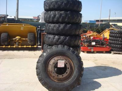 Tire with rim for Fiat Hitachi 150W3 sold by OLM 90 Srl