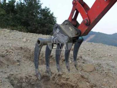 EMM Company Multiripper per escavatore 40-75 q.li sold by EMM Company srl