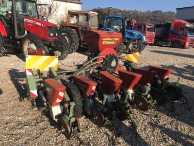 Maschio Gaspardo Seed drill sold by CORIMACTRADE