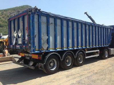 Piacenza Tipper semi-trailer sold by Ferrara Veicoli