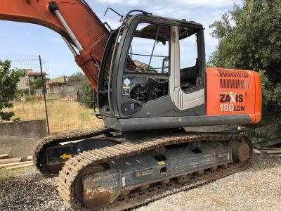 Hitachi Zaxis 180 sold by Paladino srl