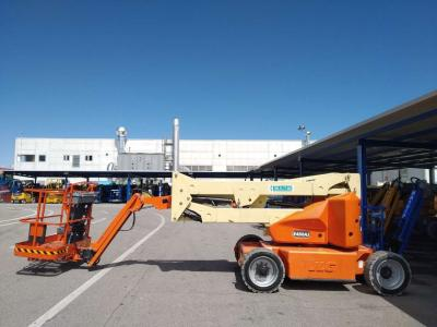 JLG E450AJ sold by Mollo Srl
