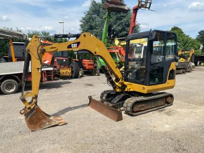 Caterpillar 302.5C sold by GM Service srl