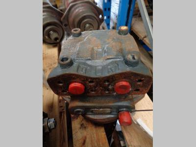 Track motor for Liebherr 912 litronic sold by PRV Ricambi Srl