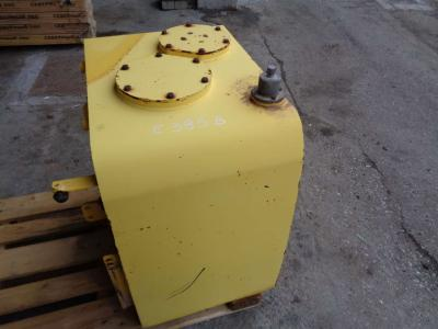 Oil tank for New Holland E 385 B sold by PRV Ricambi Srl