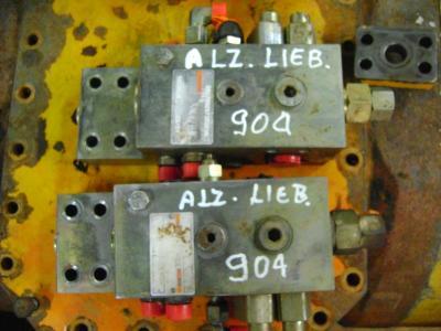 Liebherr 904 sold by PRV Ricambi Srl