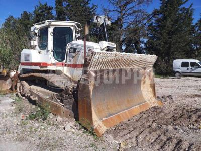 Caterpillar D7E sold by Equippo AG