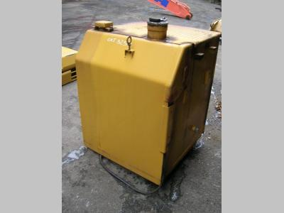 Diesel tank for Caterpillar 325 D sold by PRV Ricambi Srl