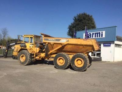 Volvo A 30C sold by Carmi Spa Oleomeccanica
