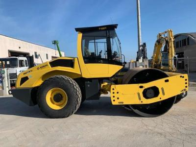 Bomag 213 D5 sold by Commerciale Adriatica Srl