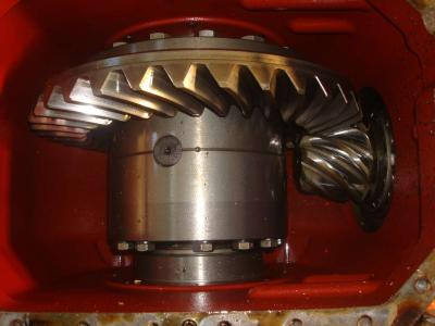 Differential gear for Fiat Hitachi W 130 sold by OLM 90 Srl