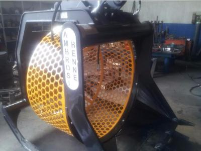 BVA 150 Screening bucket sold by Ambrosi Benne Snc