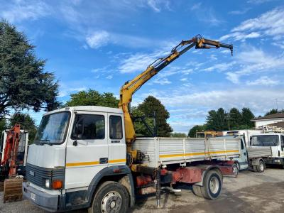 Iveco 135-17 + EFFER sold by GM Service srl