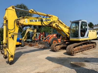 New Holland Kobelco E245B sold by GM Service srl