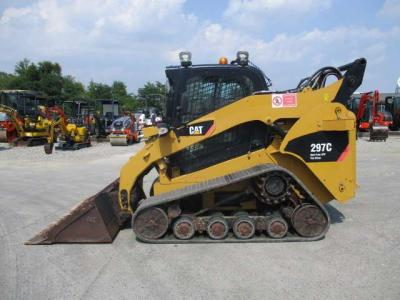 Caterpillar 297 C sold by Oricom Srl